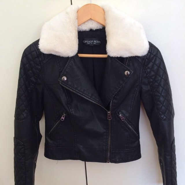 TOPSHOP black leather jacket with removable fur collar. Hardly ...
