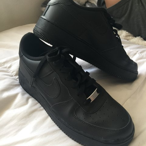 3d2900e1bb9f1 PRICE REDUCED Brand new black nike Air Force 1s size kids 7 - Depop