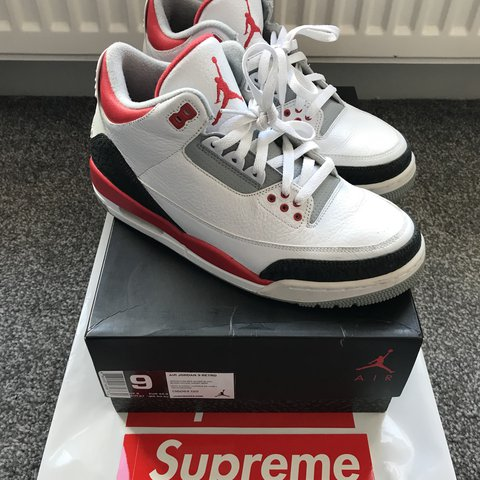 f0d49370aa1e77 Air Jordan 3 Fire red 9 10 UK 8 (White Red) RRP £110 from - Depop