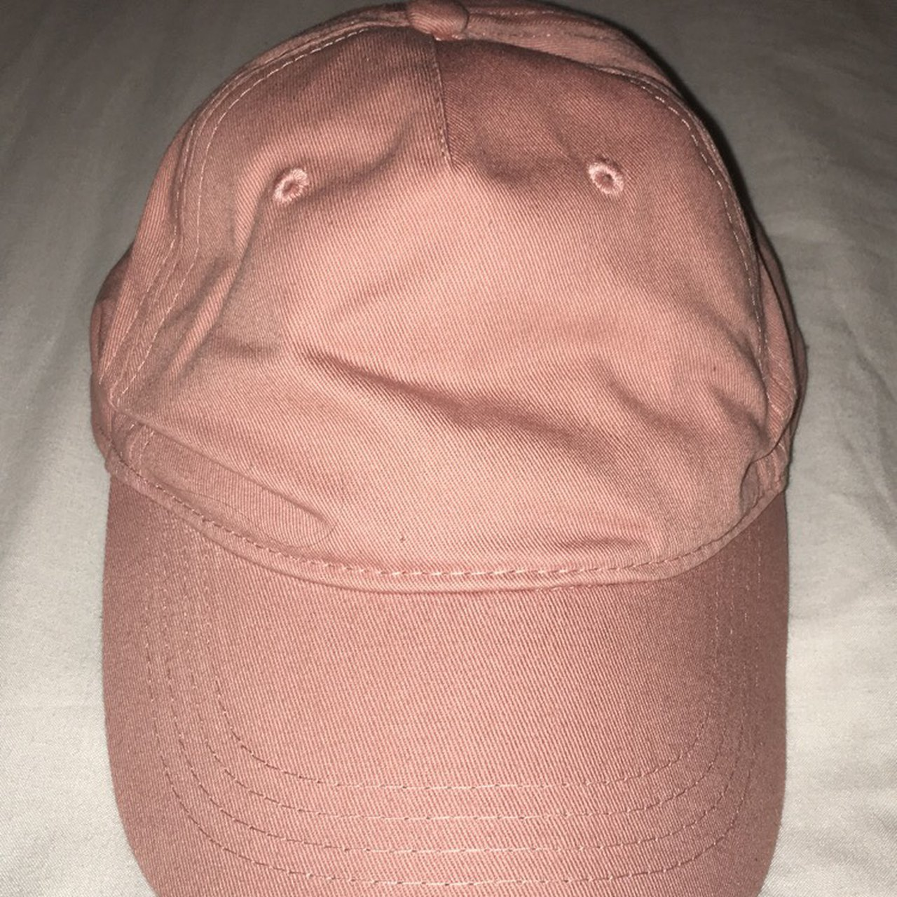 7dd109bde0e FOREVER21 musty pink cap Never worn Great condtion One size - Depop
