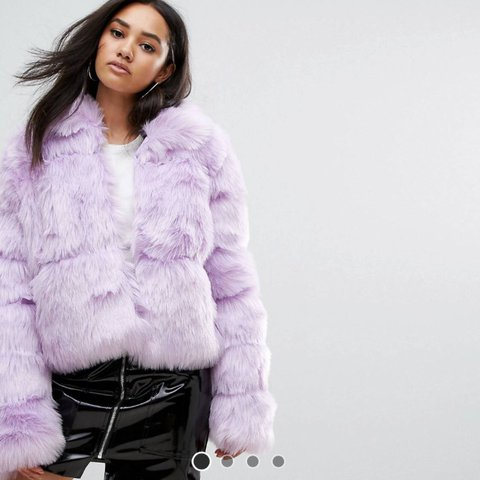 2cb71f28797 Missguided Crop lilac faux fur coat. So soft! Size 10