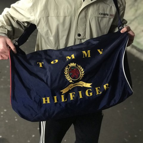 92adbebbd6 Vintage TOMMY HILFIGER large duffle bag • INSANE 🔥 • Huge   - Depop