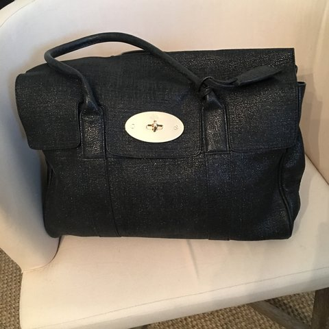 100% real mulberry Bayswater bag! Worn but still in great a - Depop 34c64a999762d