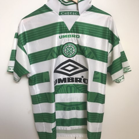 ba9cb6a8850 @murtpop. 9 months ago. London, United Kingdom. Rare CELTIC FC 1997-1999  Home Jersey Larsson 7 on the back. Size M In excellent condition