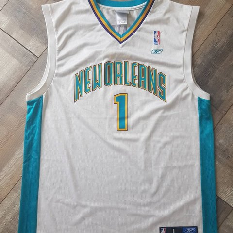 b098a5ddf6b Baron Davis New Orleans Hornets Jersey Size Large. £30 + TO - Depop