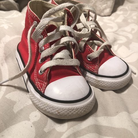Size 6 toddler red converse worn a handful of times X - Depop 78910b353