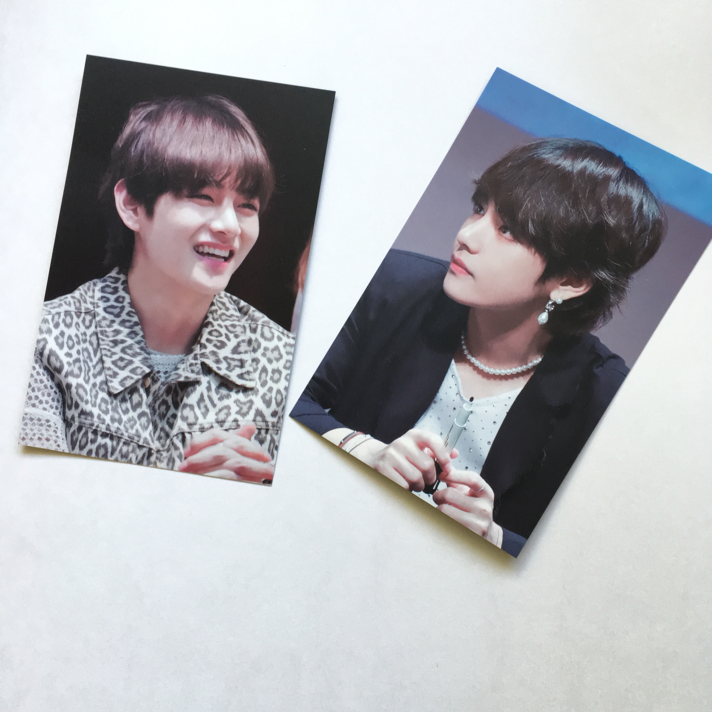 BTS Taehyung/V Fansite Goods comes with 1 mini    - Depop