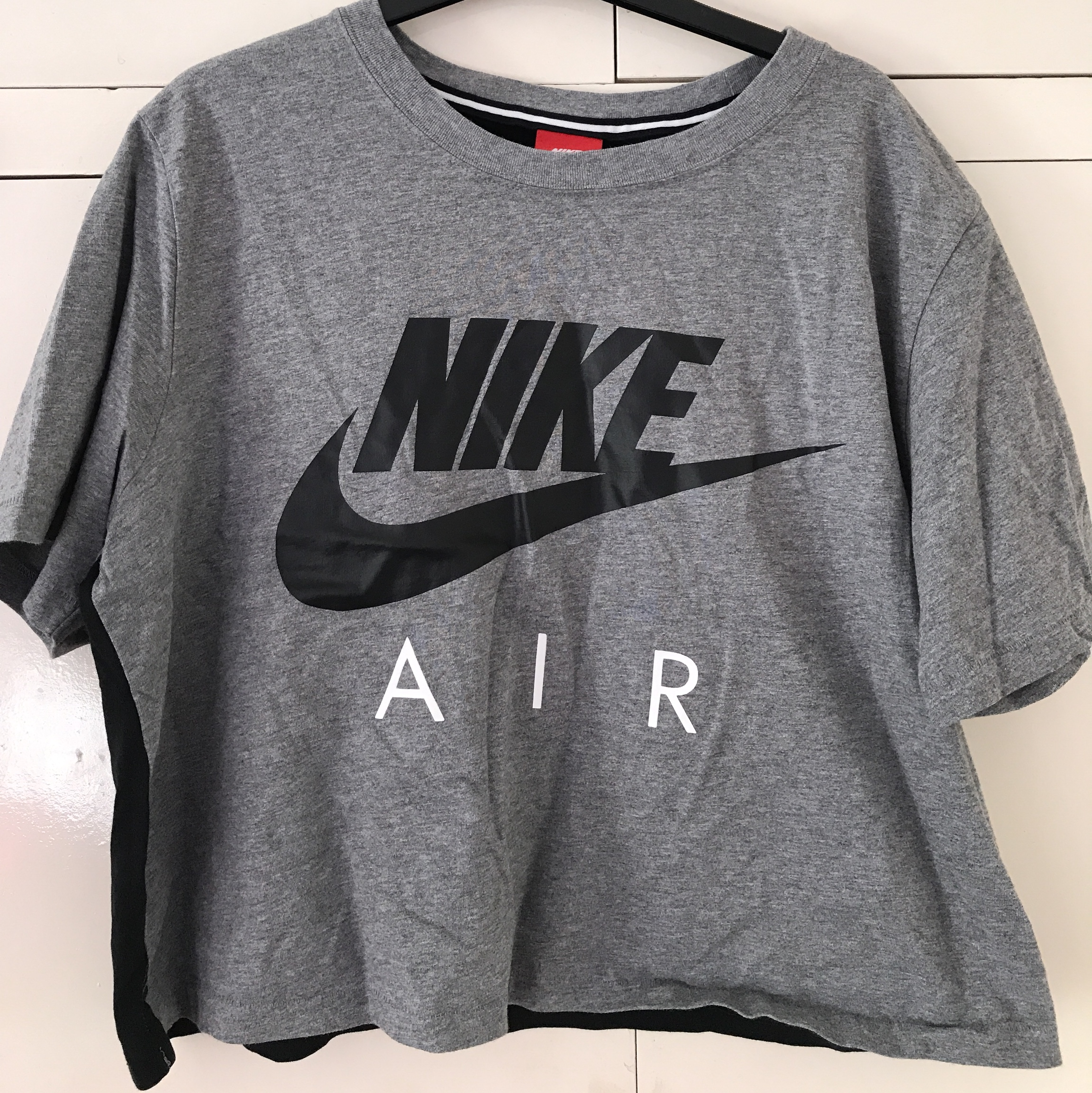 skate shoes offer discounts buy cheap Nike Air Crop T-shirt From JD Sports Size L Worn 3-4... - Depop