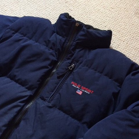 6d63e4574 navy Polo sport Ralph Lauren down filled men s puffer men s - Depop
