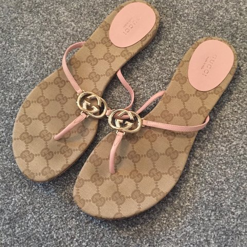 abef91a2b Genuine Gucci thong toe beige and pink sandals worn but in - Depop
