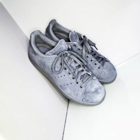 Adidas Stan Smith Onix Mono Suede Lace Up Trainers • Size  6 - Depop 84fe9c042