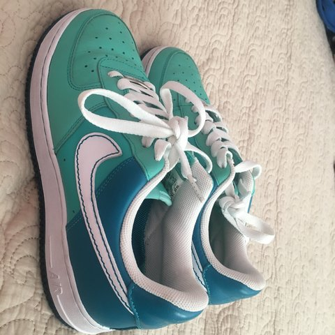 5a16ada168b RARE cloverdale Park Nike Air Forces ones Women s 8 These in - Depop
