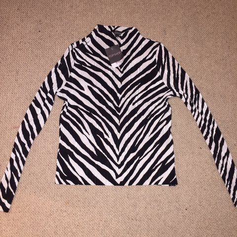 Topshop zebra print long sleeve top New with tags Size 10 - Depop c5fe35a01