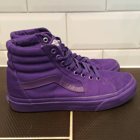 77699501a4c Amazing all purple Vans Sk8 hi high top trainers - size 6 - - Depop