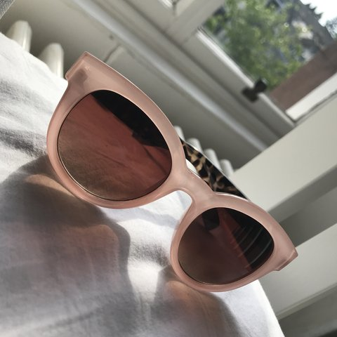 f8ea684841e Cute baby pink and tortoise shell sunglasses Bought for £25 - Depop