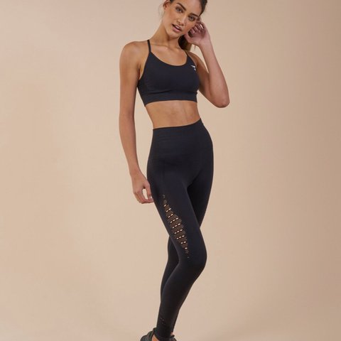 16c0ffc64909c0 @mmcev. last year. United Kingdom. Gymshark Seamless Energy High Waisted  Leggings - Size S, Black (sold out online ...