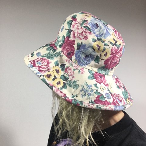 f8e8e6d556c Floppy floral blossom bucket hat. Totally 90s. Adorable for - Depop