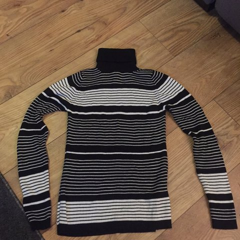 e8dd79a2a4b Topshop petite size 6 roll neck ribbed sweater with black a - Depop
