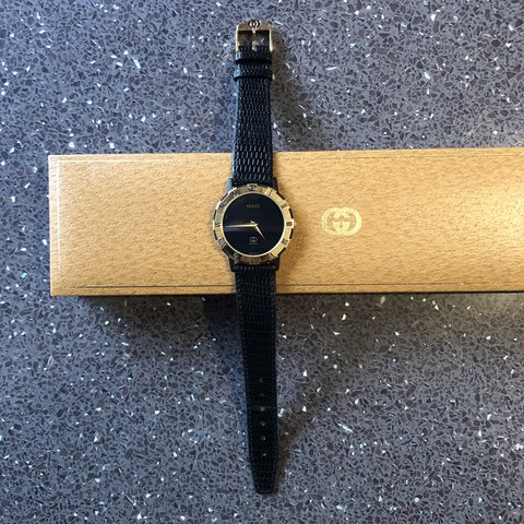 60aa62dcb5f Vintage Gucci 3200M men s gold plated watch with original on - Depop