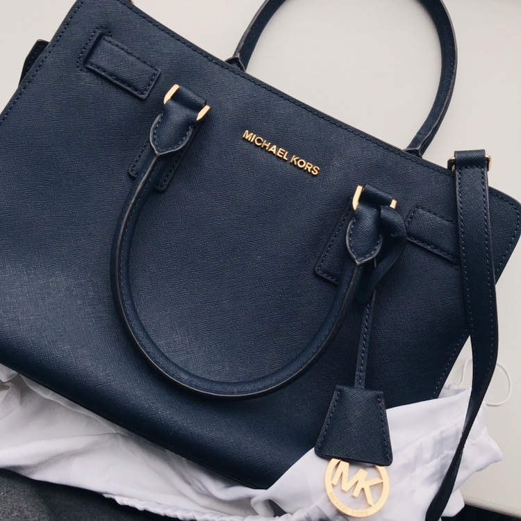 New Michael kors Dillon medium saffiano navy bag Depop