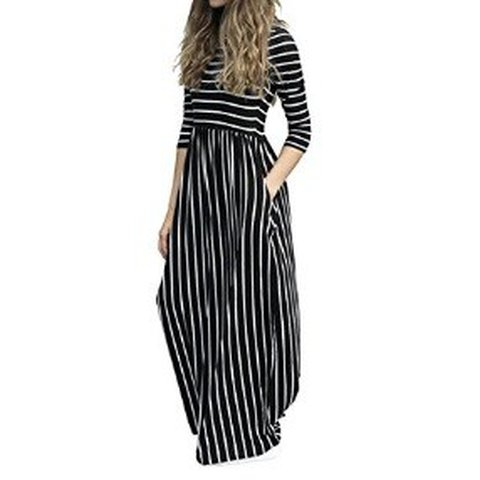 69d1c29e72f 3 4 sleeve stripe print black and white maxi dress with for - Depop