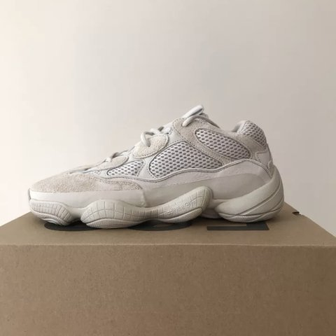 4cf069ea910eb Yeezy 500 Blush Desert Rat UK 9 Brand New Can ship as soon - Depop