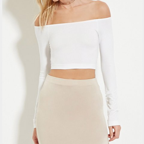 e42186be174acc @adoringly. 2 years ago. New York, NY, USA. White off shoulder long sleeve  top. Only tried on! Great condition.
