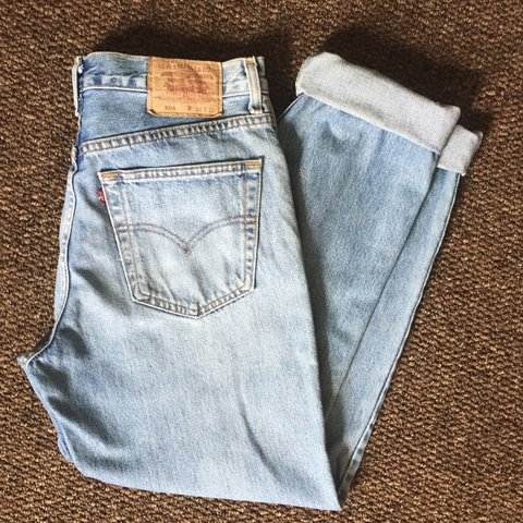 902c2595 @missmolly_. last year. East Corrimal NSW 2518, Australia. Vintage Levi 504  jeans, such good condition! Light blue washed ...