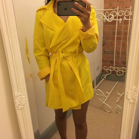 77990ab5 Zara yellow coat. Size L. Perfect for the coming as Would on - Depop