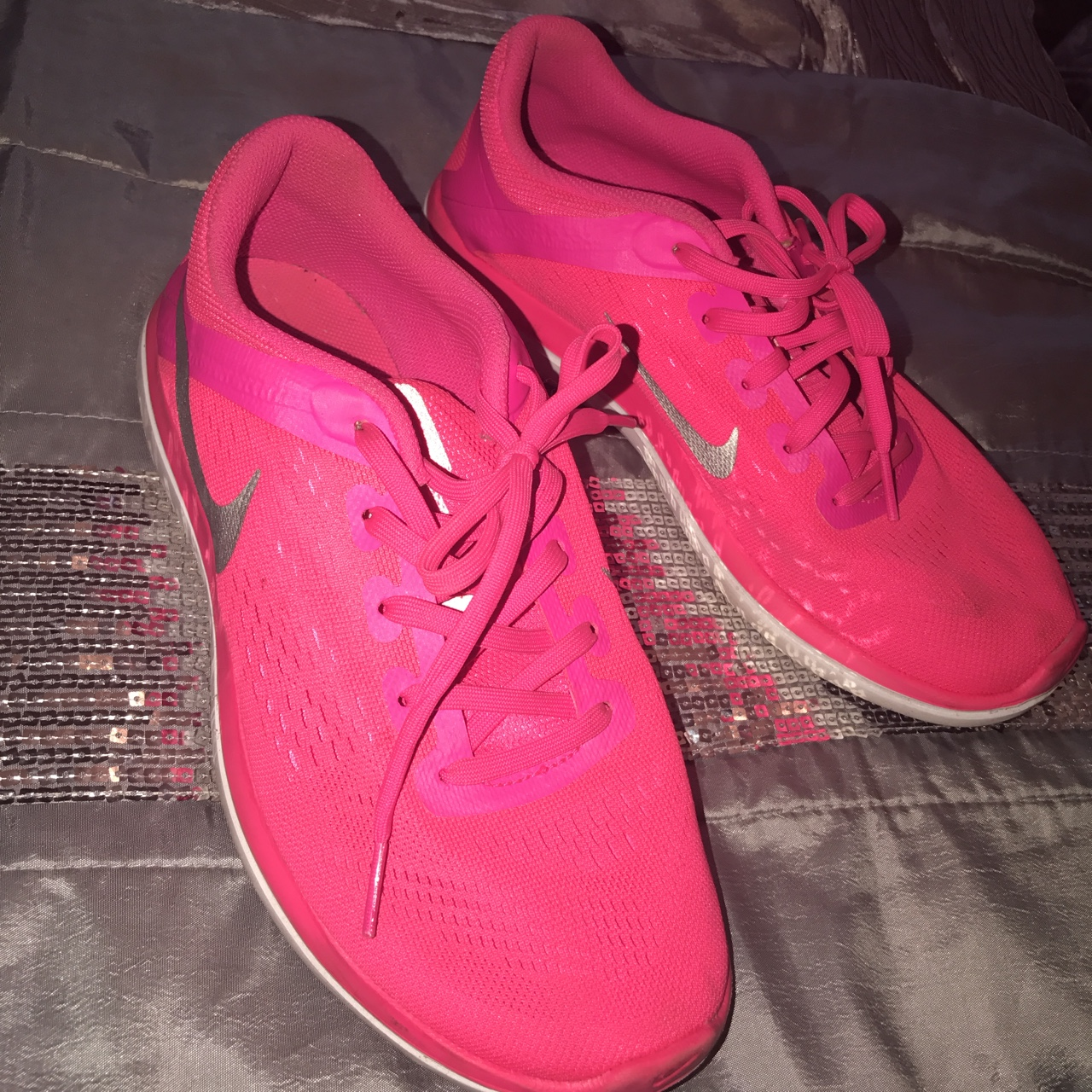 Bright pink Nike flex trainers, only