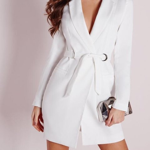 894c2eceb79 Missguided white blazer dress size 6 💃 (would fit a small a - Depop