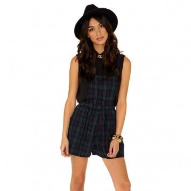 find workmanship customers first best sale MISSGUIDED GREEN TARTAN DUNGAREES PLAYSUIT ...