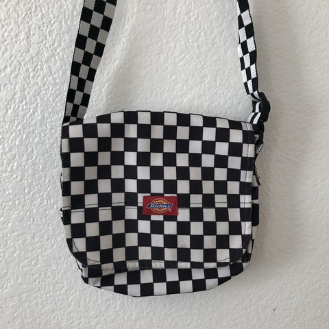 Vintage 90s checkered Dickies bag🖤🏁 so cute! Extends long - Depop e8eab97236c47