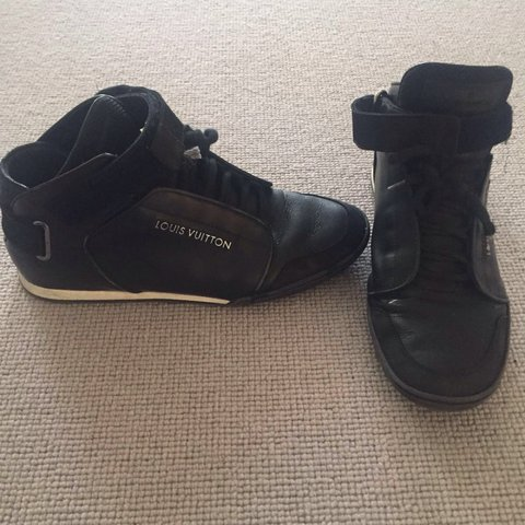 a607f946d404 FLASH SALE - ORIGINAL black men Louis Vuitton sneakers paid - Depop