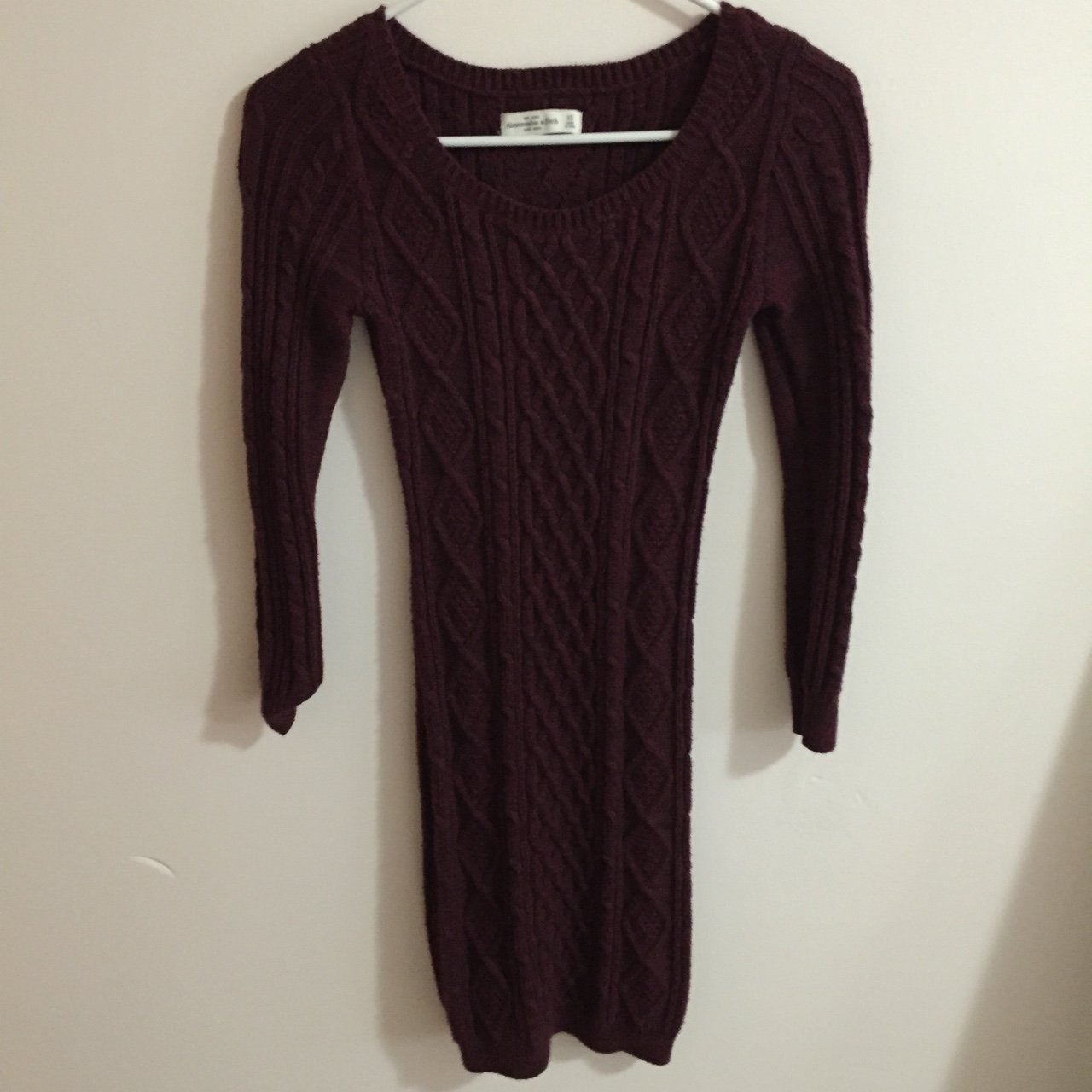 db705ea667 Abercrombie   Fitch burgundy bodycon sweater dress. Cute but - Depop