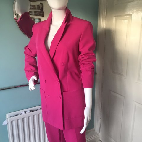 c098e66f1dbf Oasis double breasted suit. Beautiful vibrant pink. - Depop