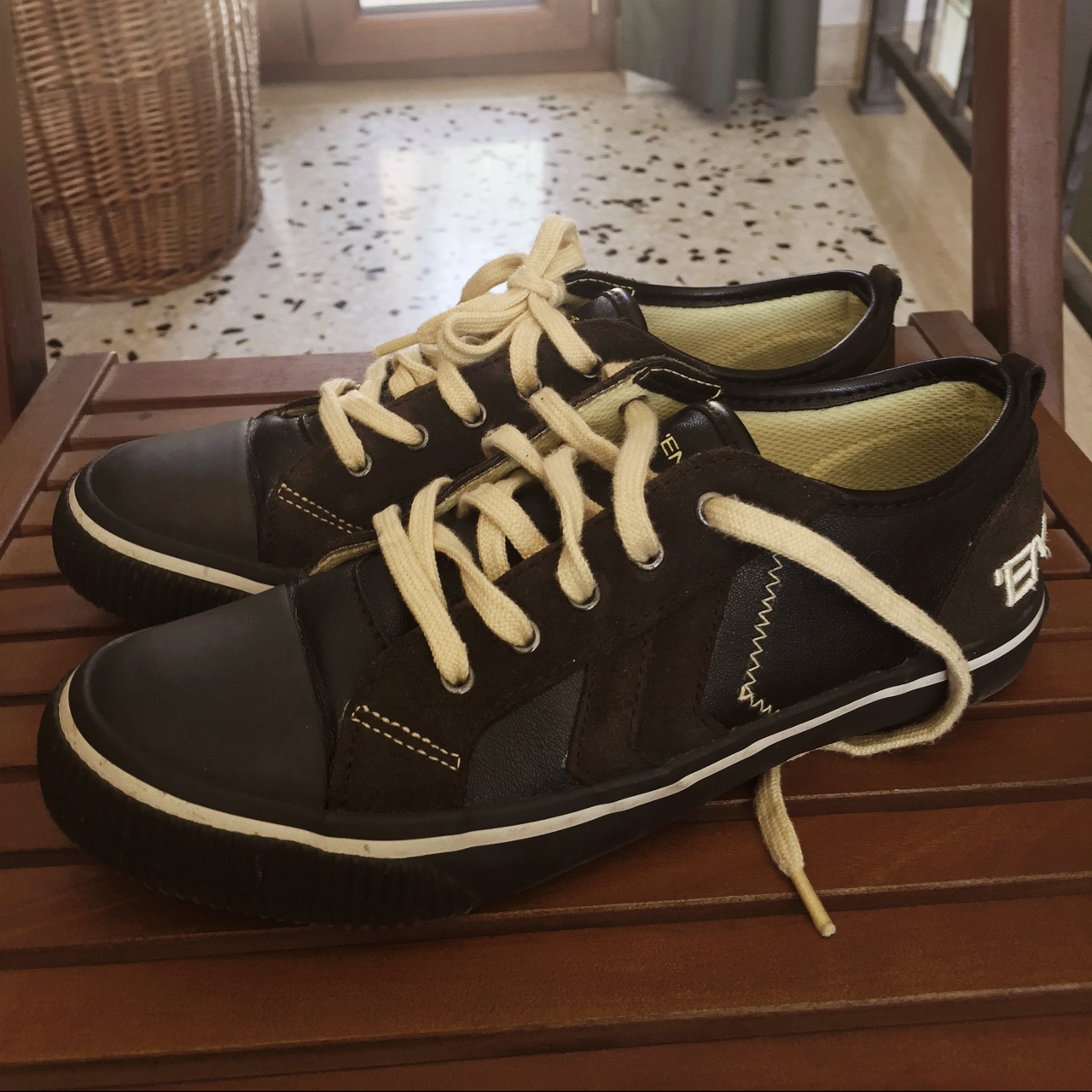 new product 867a7 69ffc Scarpe #energie usate due volte in tutto, marroni... - Depop