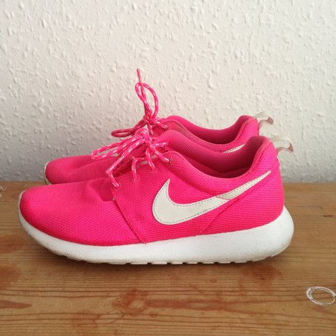 66642fce1e08 Bright pink and white Nike Roshe Run shoes. Great for or the - Depop