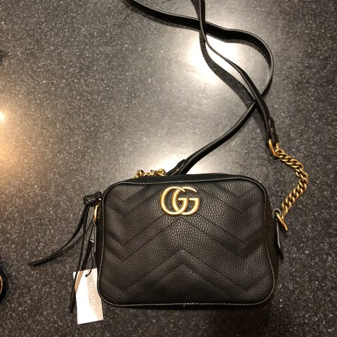 bc594906fca7 @kenyasmyers. 10 months ago. Chicago, United States. Gucci marmont mini bag  (replica) never used ...