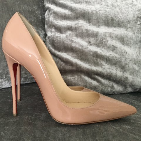 9b0fcbb3223e Christian Louboutin So Kate Nude paintent shoes. Purchased a - Depop