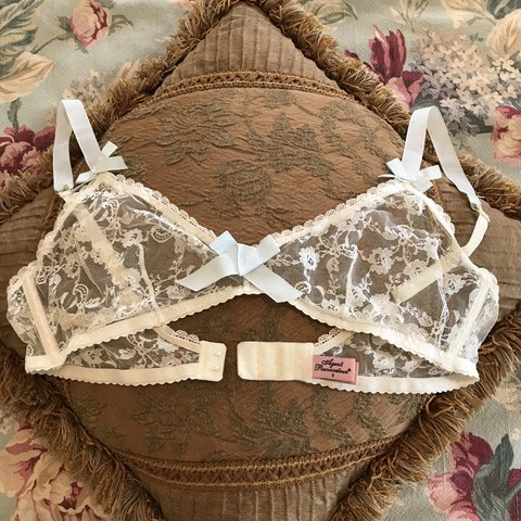 1f3e60f0451 Delicate ivory lace bralette by Agent Provocateur with blue - Depop
