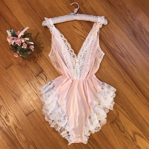 f03888d14ed NWOT vintage baby pink and lace w rosebuds teddie - in The a - Depop