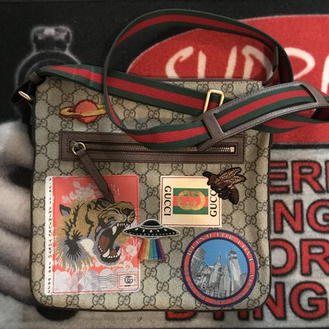 7ea3404010d7 @rileyjvmes. last year. Huntington Beach, United States. Gucci - courrier  soft GG supreme messenger