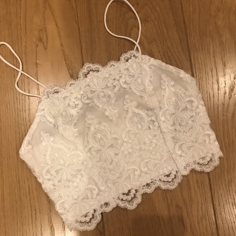 7b84ca81a7f45 Topshop white laced embroidery crochet crop top