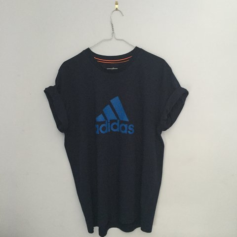 72626c16 Vintage adidas top. Colour - blue. Size - large. #vintage - Depop