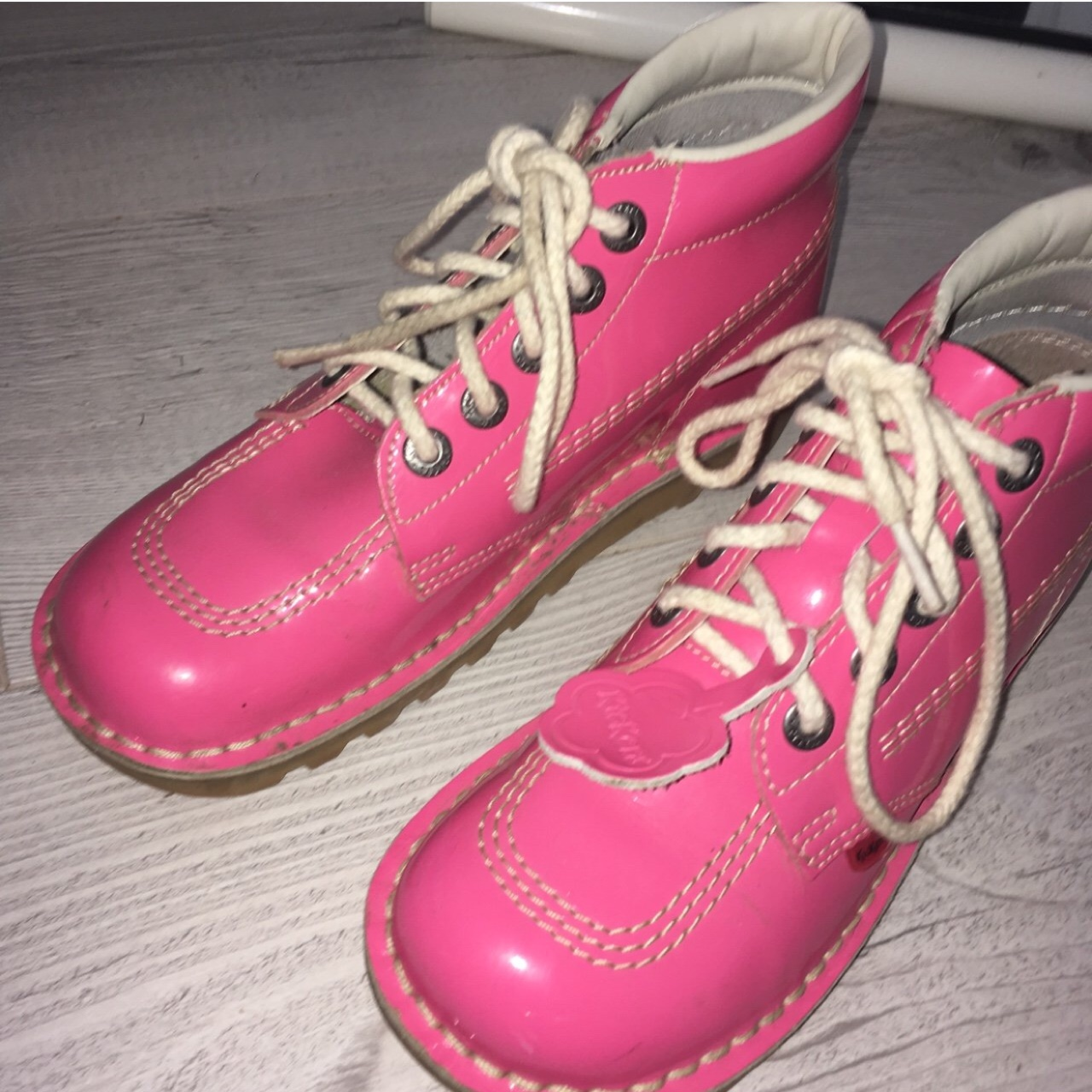 pink kickers size 5 official c1dca df27b