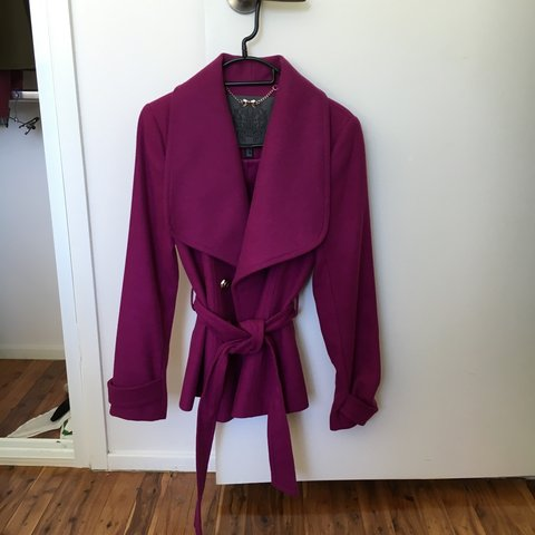 838cc6eee48e8 Forever New Purple Blazer with gorgeous gold buttons. Never - Depop