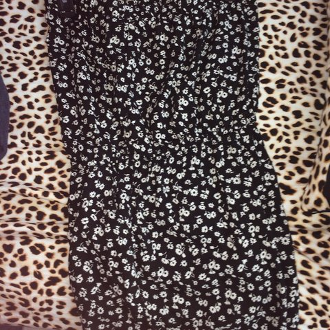 dab5f95dd6 Forever 21 small black and white floral romper! It s so cute - Depop