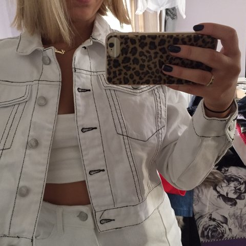 8961fcc6644 white contrast stitch cropped denim jacket