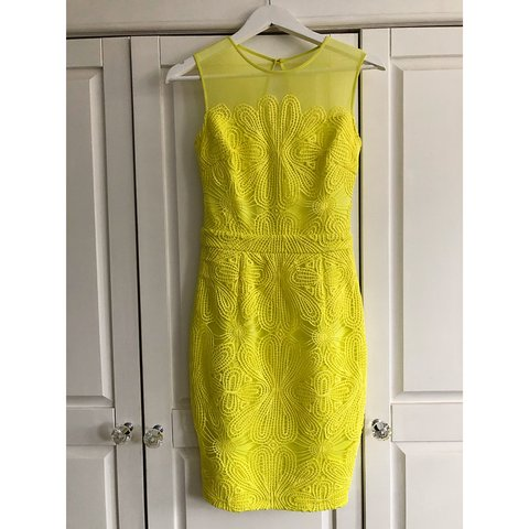 440956e9c08f83 Lipsy yellow dress with lace detailing, Michelle keegan Size - Depop